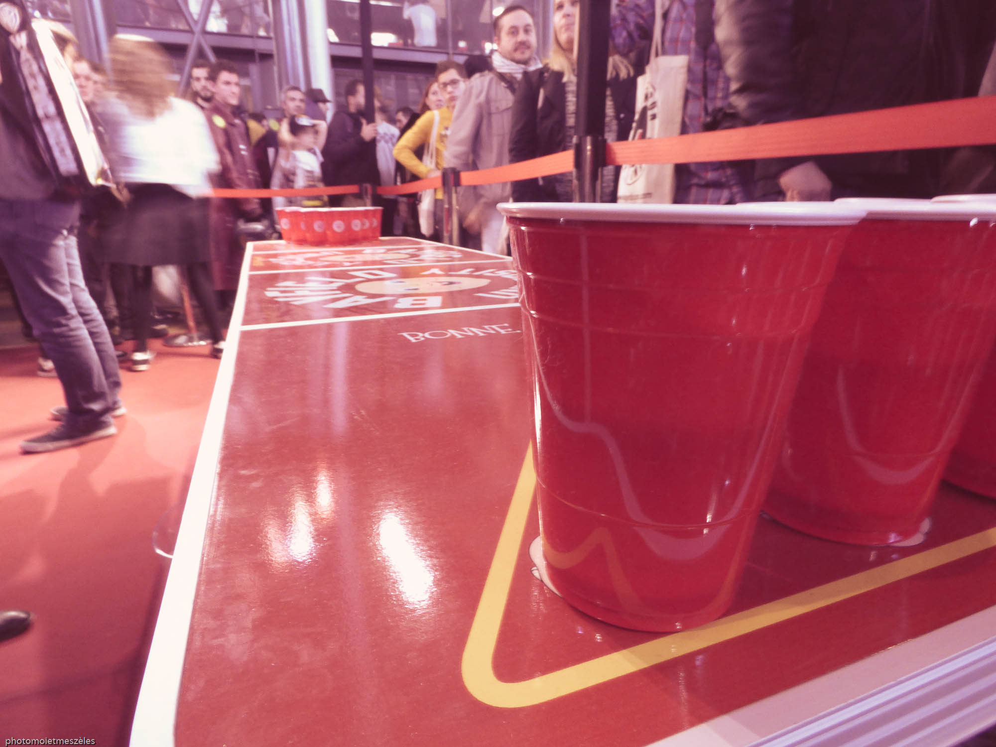 beer pong happybirthdead comic con paris