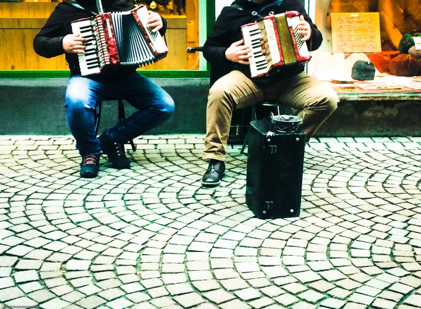 accordéon musicien de rue Strasbourg
