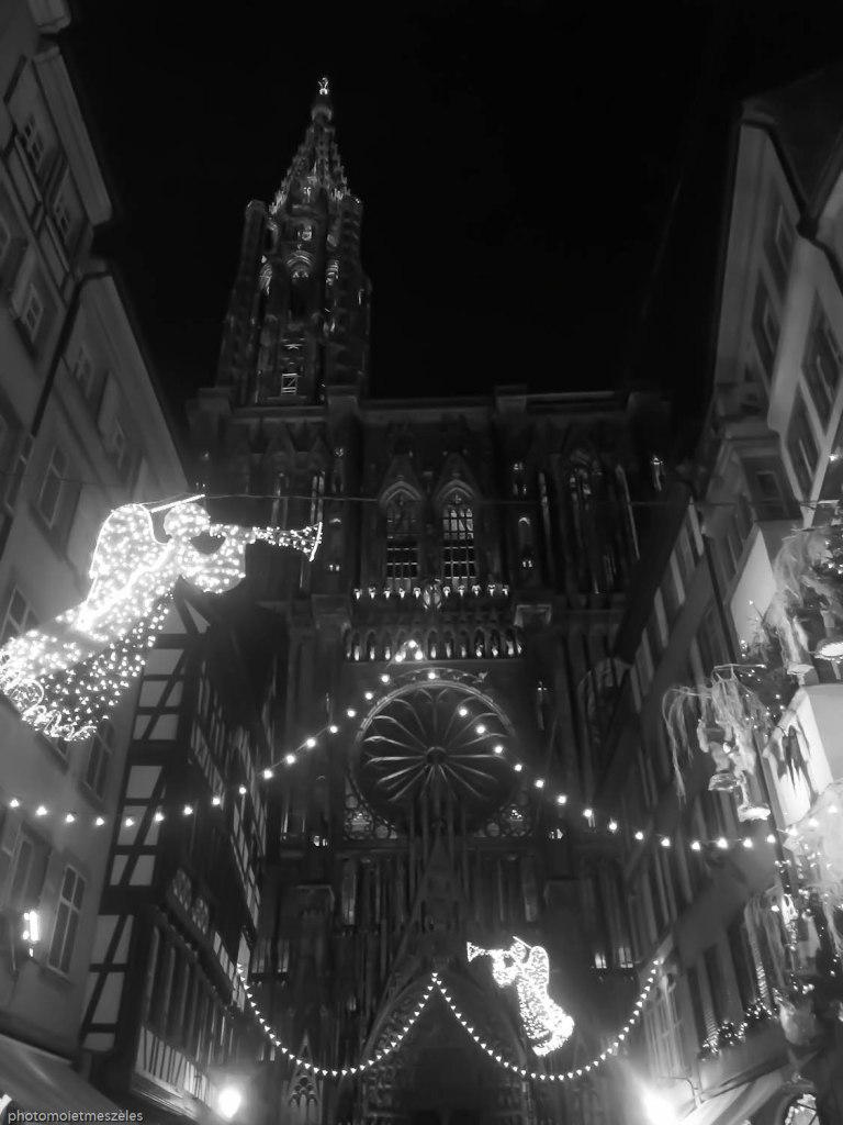 Cathédrale Strasbourg by night