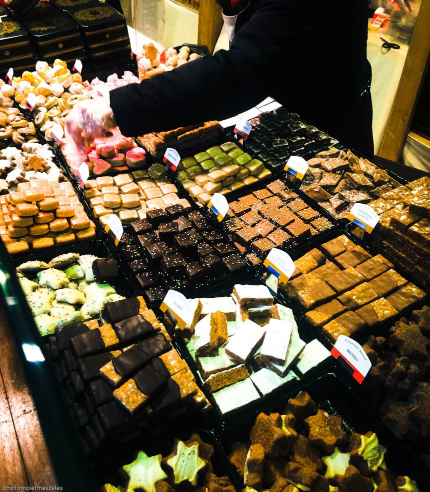 Chocolats et confiseries Marché place de la cathédrale Strasbourg
