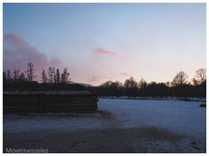 coucher de soleil ferme mongolie hiver circuit wind of mongolia