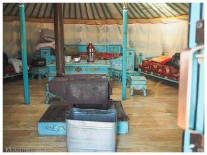 intérieur yourte wind of mongolia mongolie hiiver